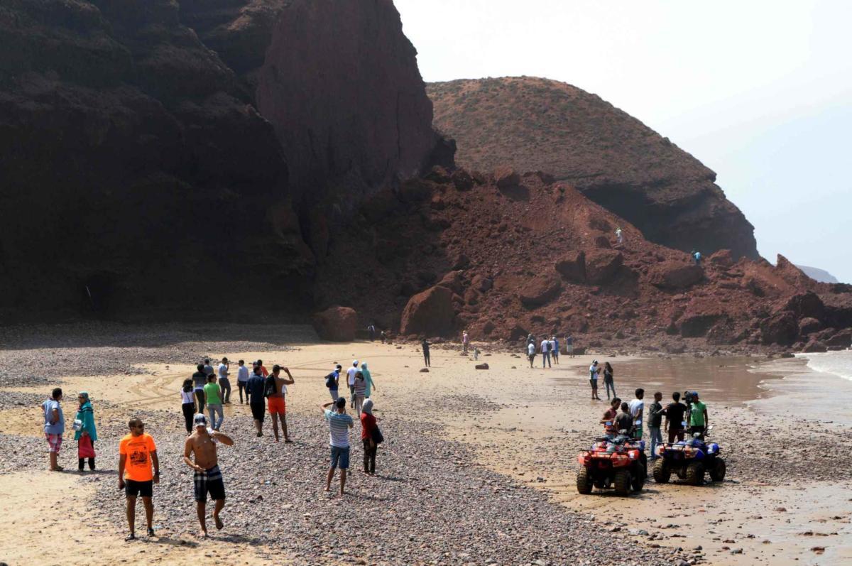 Вчера обрушилась одна из арок — вторая, похожая на гигантский хобот. Красивейшее место было. Аминь.  Источник: http://www.20minutes.fr/monde/1930443-20160924-maroc-deux-arches-rocheuses-legzira-effondree