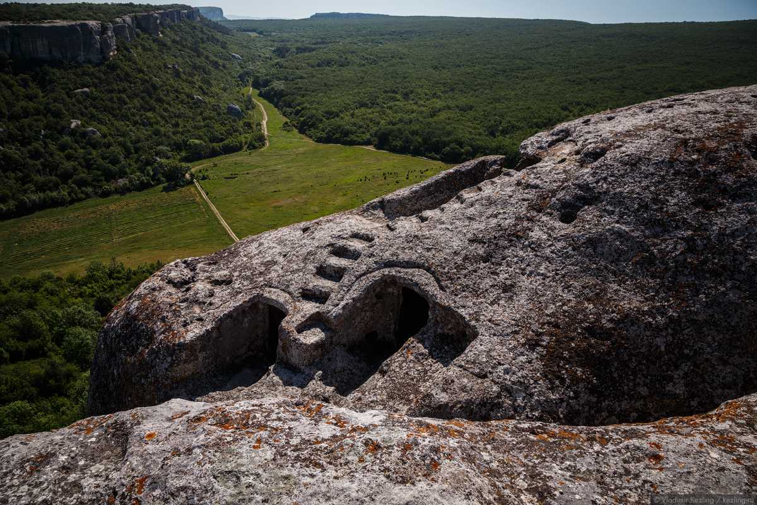 Эски-Кермен — средневековый пещерный город-крепость