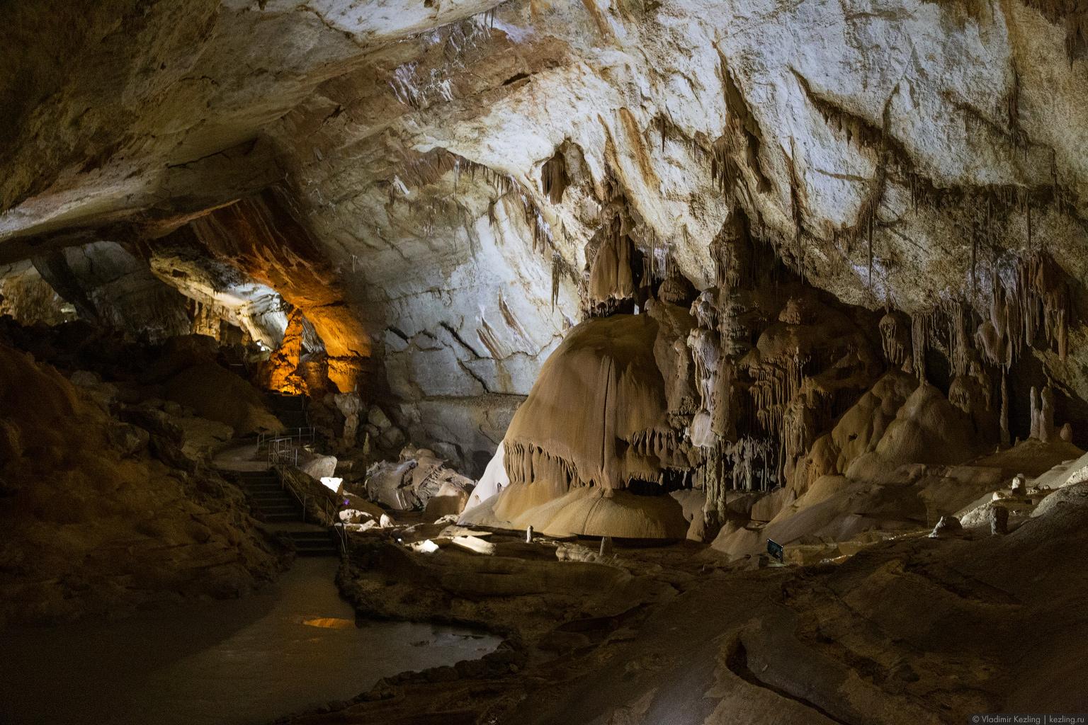 Крым — 2014. Мраморная пещера — самая красивая в Крыму