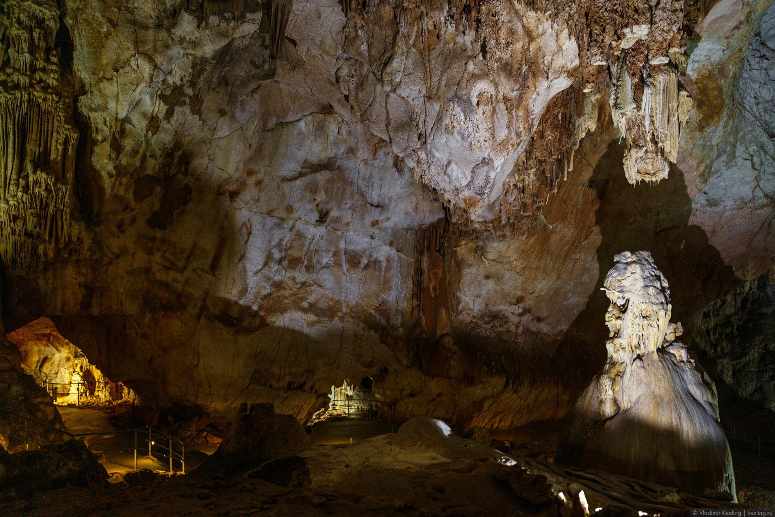 Крым в межсезонье. Пещера Эмине-Баир-Хосар — самая интересная в Крыму