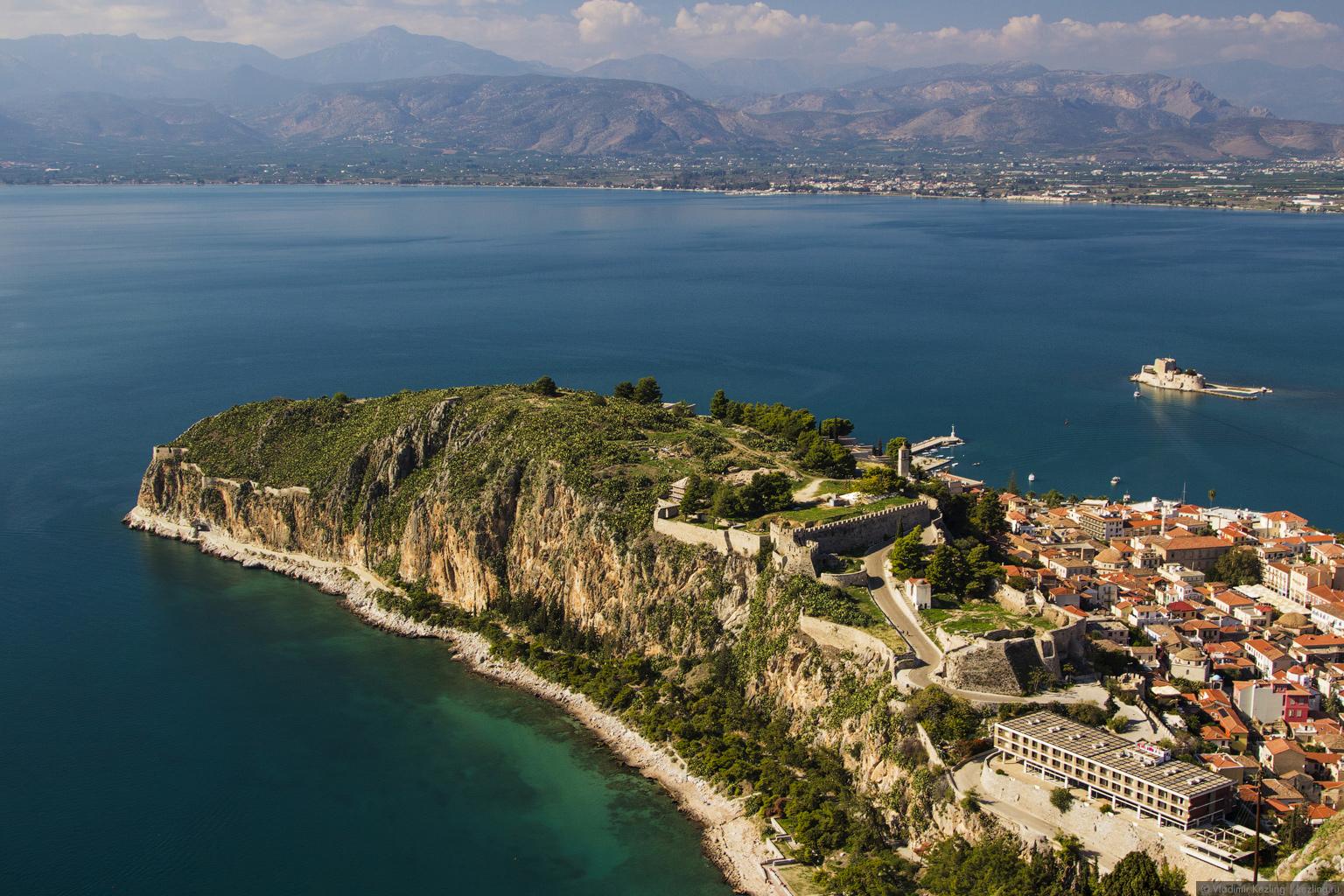 Материковая Греция. Нафплио и три его крепости