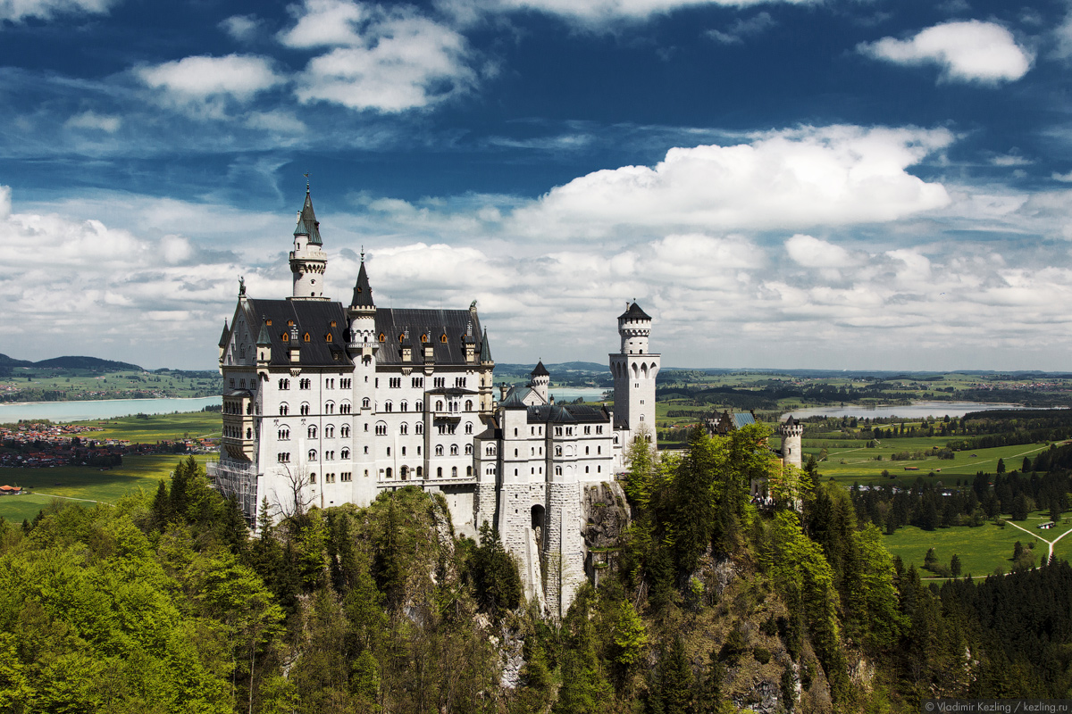 В краю замков и сказок. Нойшванштайн — cказочный замок сказочного короля
