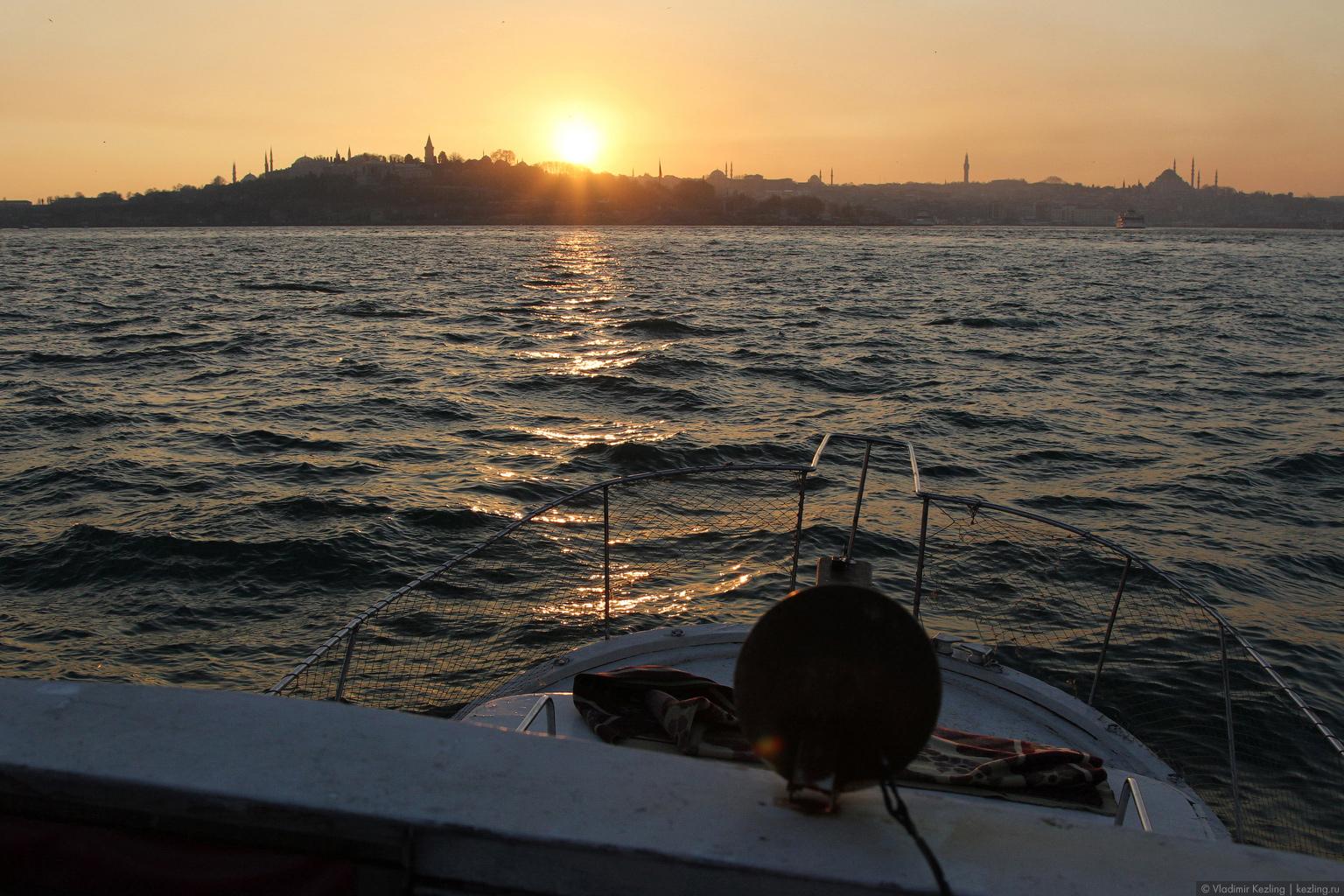 Стамбул вечерний морской