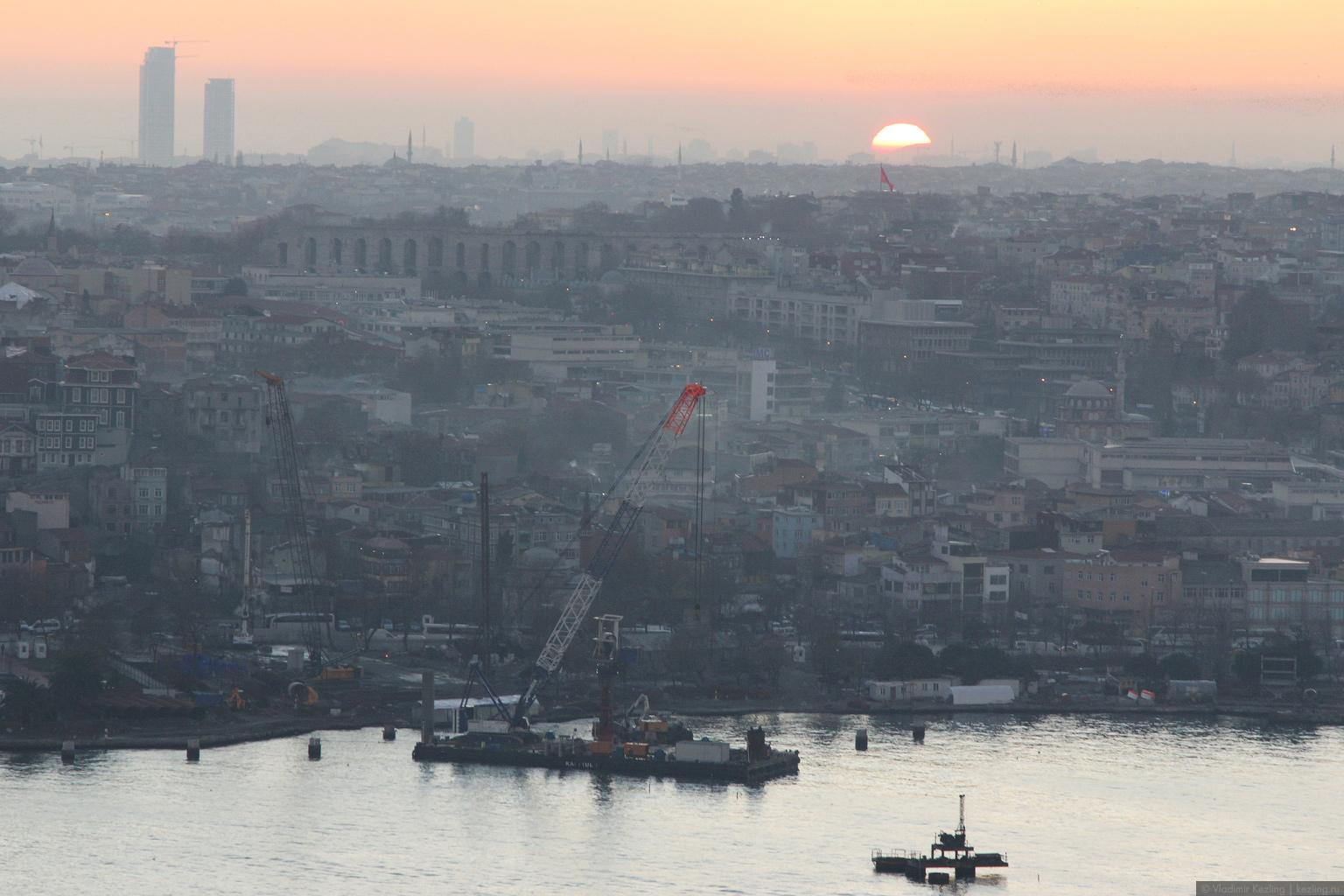 Стамбул вечерний высотный или Сказ про смотровую площадку на Галатской башне