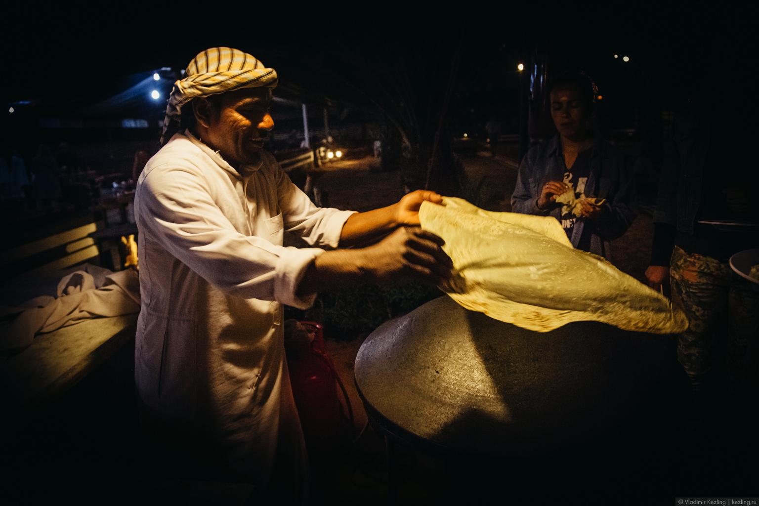 Вечер в лагере бедуинов