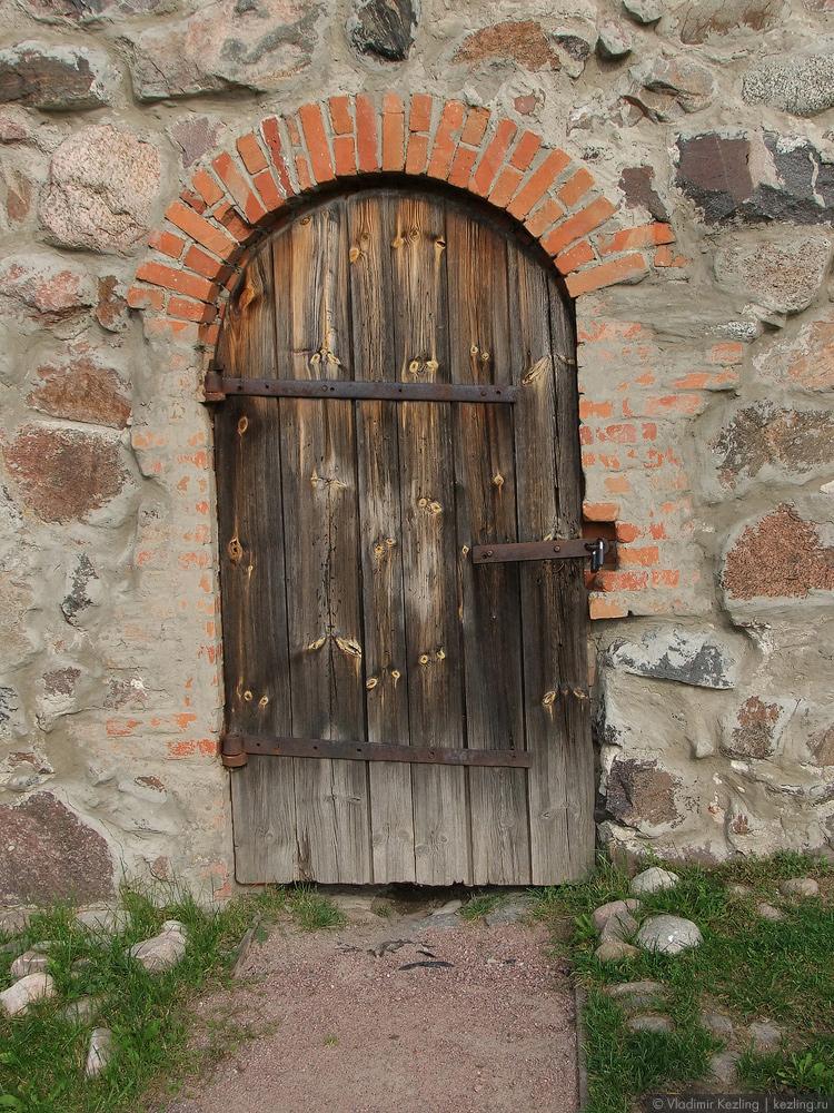 Дверь в Старом арсенале