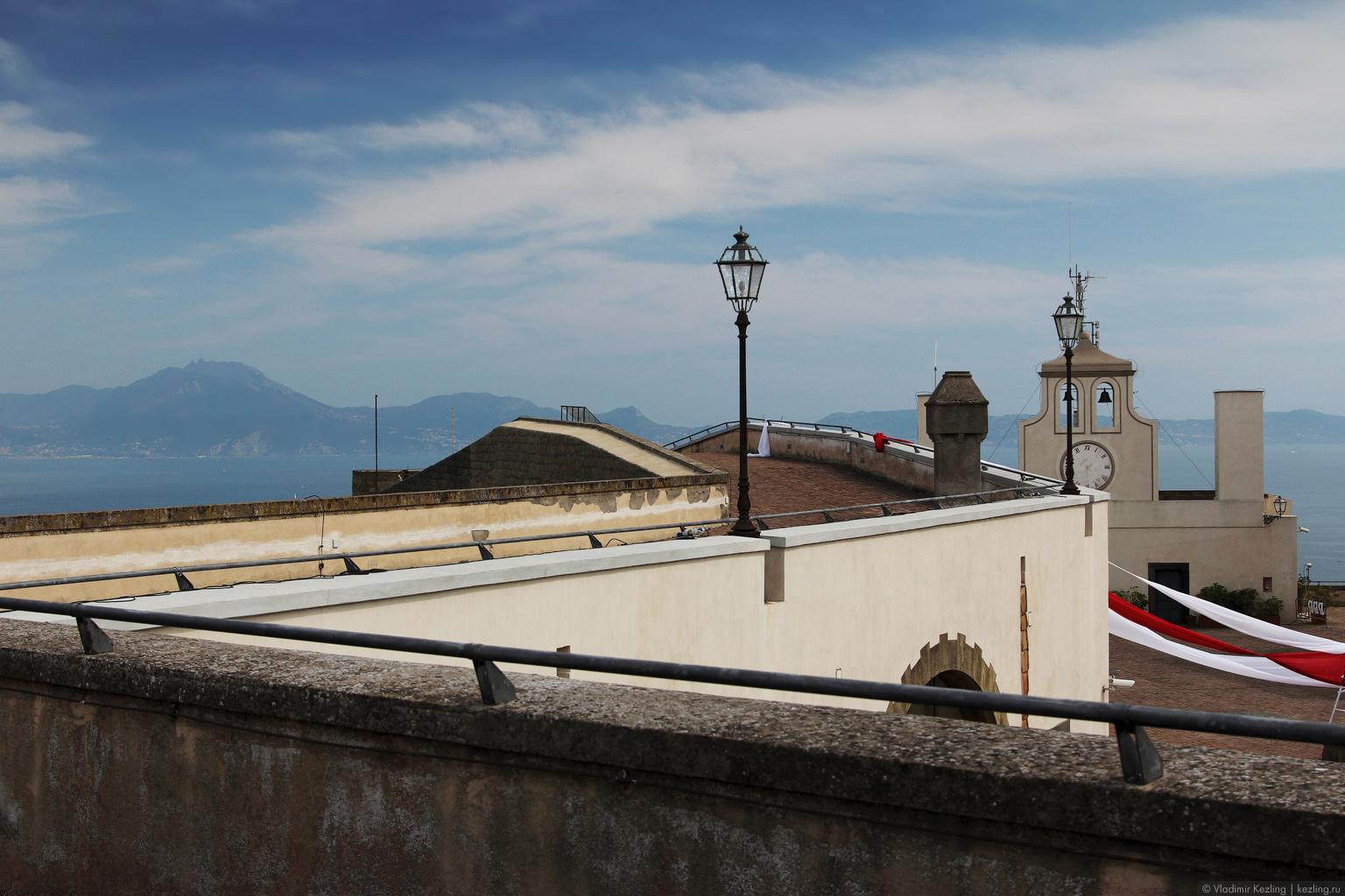 Итальянские каникулы. Неаполь. Замок Сант-Эльмо