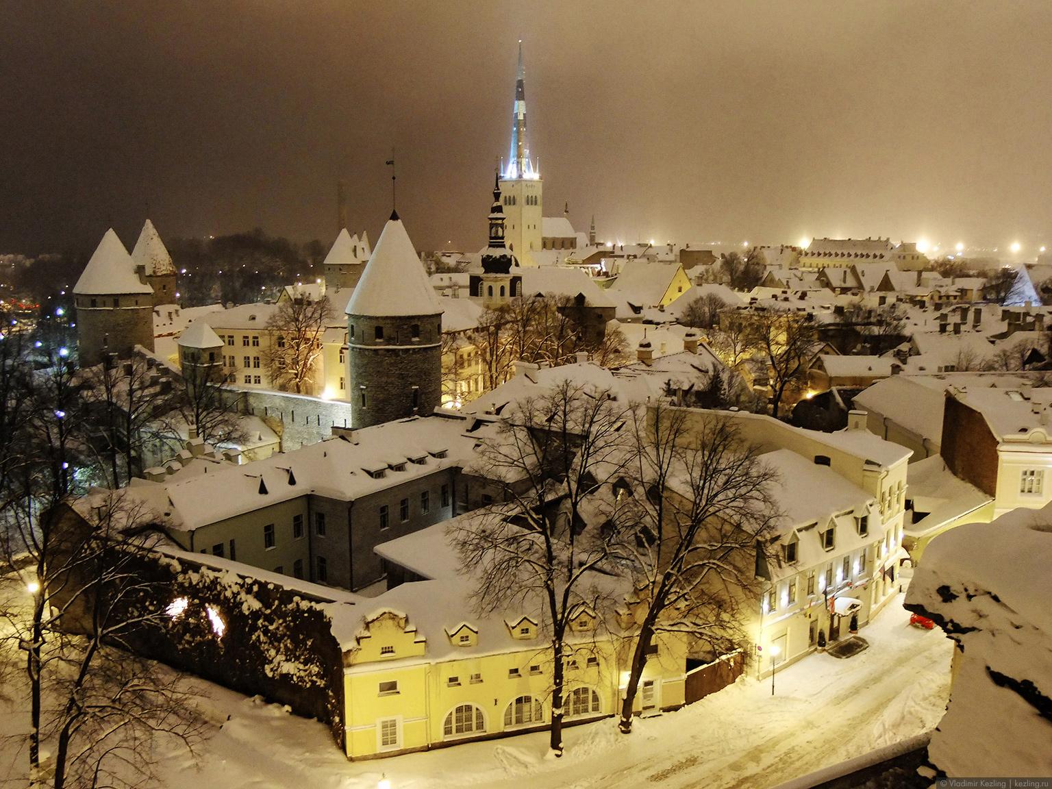 Новогодняя повесть. Ночь. Улица. Фонарь. Таллин