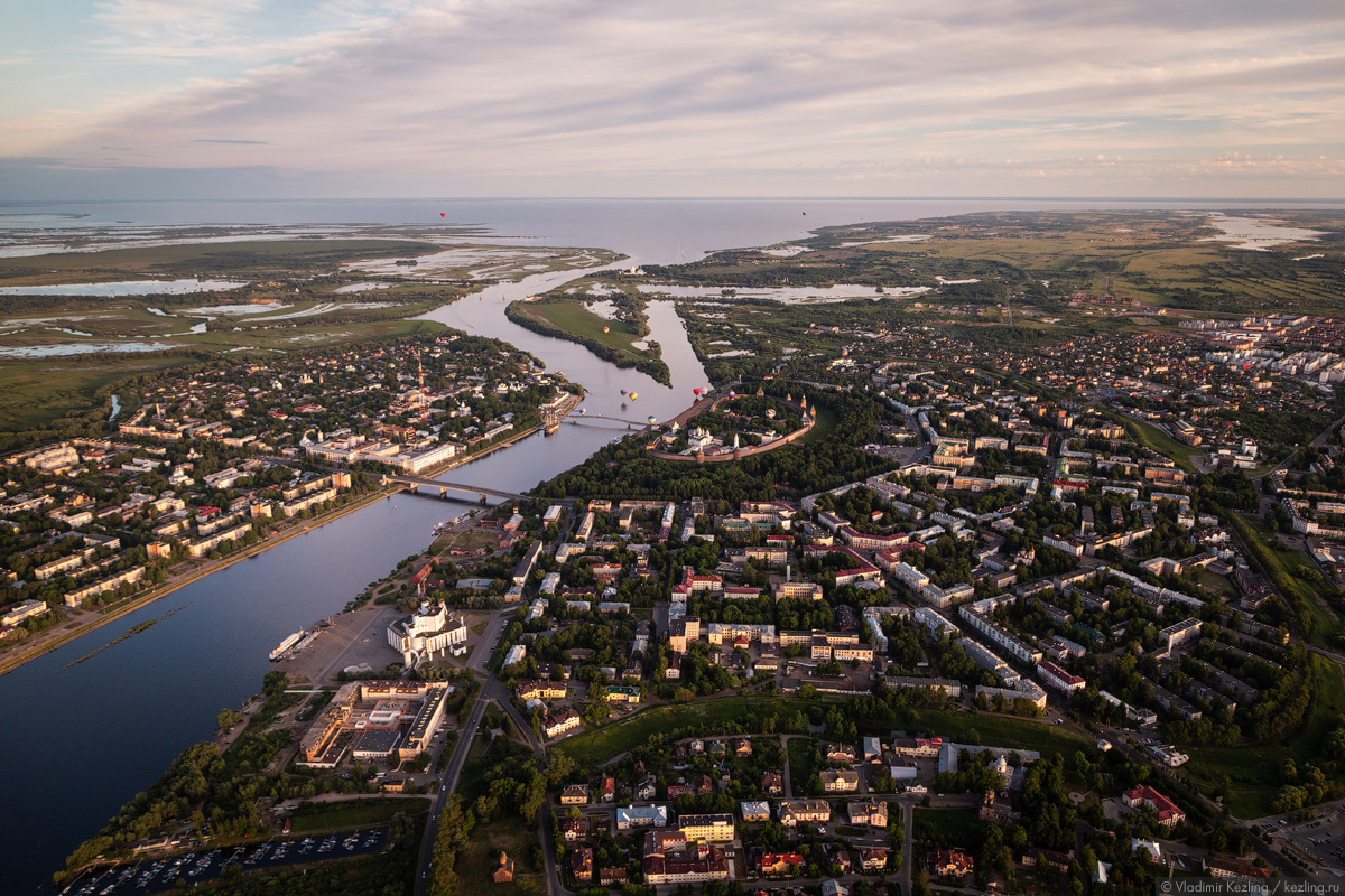 Воздухоплавательные игрища или Великий Новгород с лучшей стороны