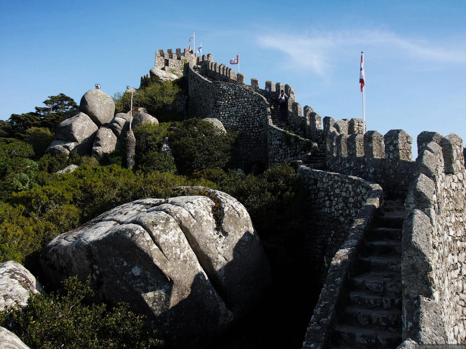 Весна в Португалии. Синтра. Замок мавров