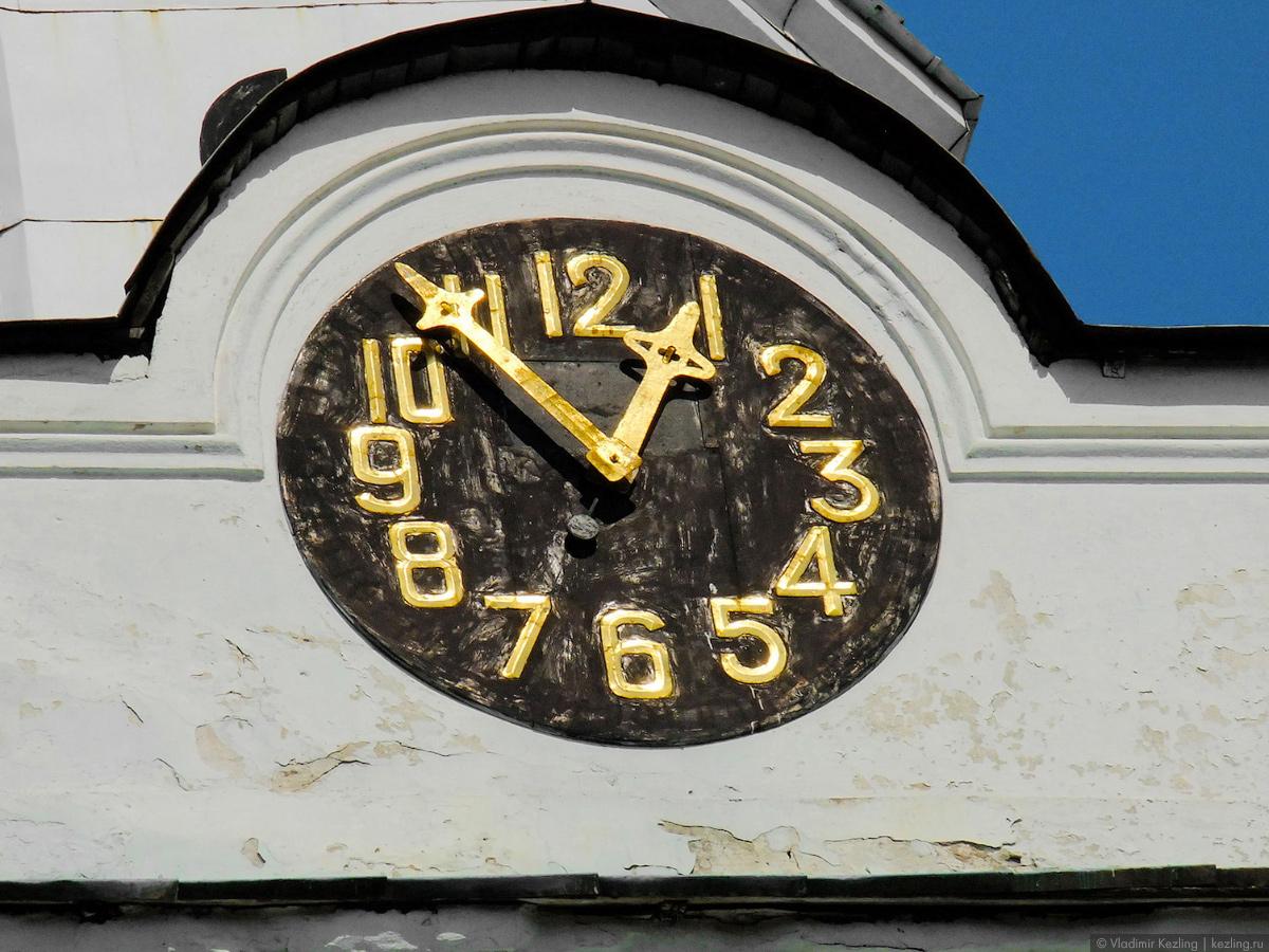 Главные часы Пскова