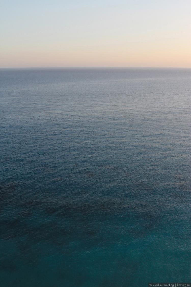 Пафосный берег