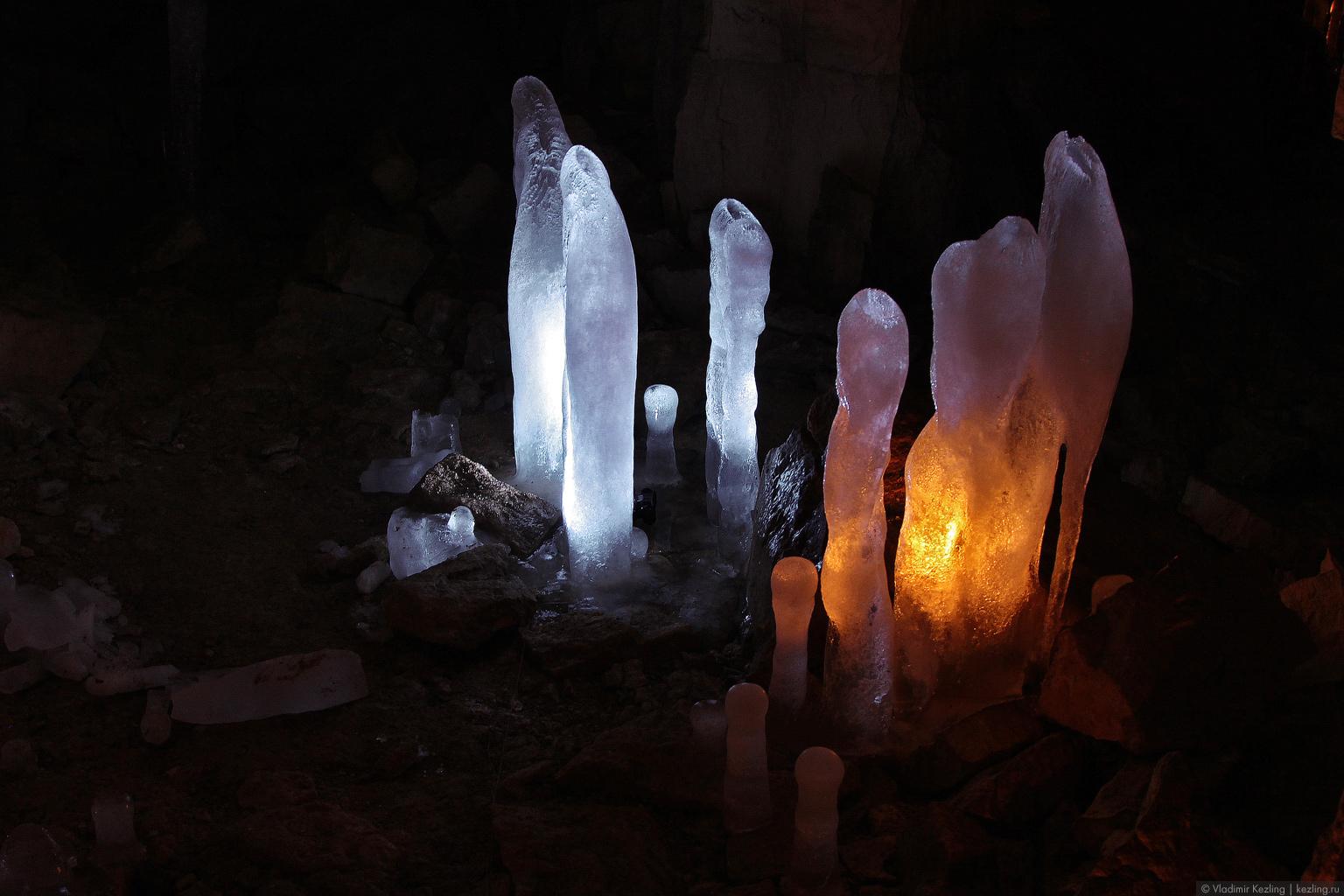 Зимние русские просторы. Ледяная пещера или Страна подземных рудокопов