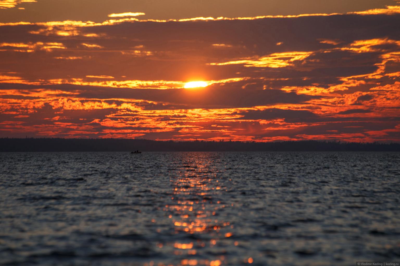 Тёплый вечер на Ладожском озере